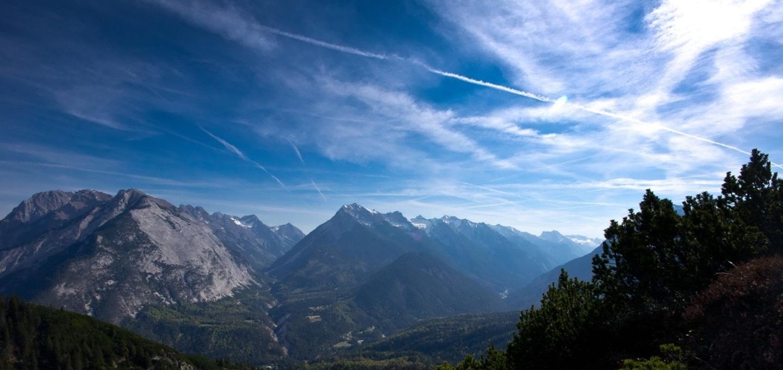 Ein Bild des Karwendeltals indem Scharnitz liegt